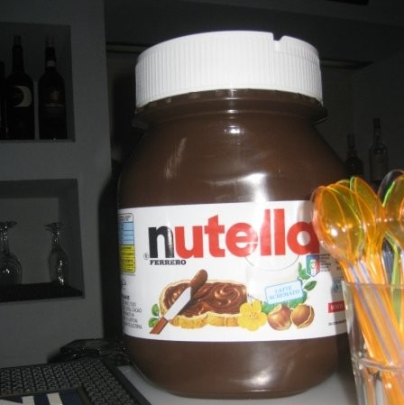 Giant nutella